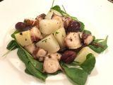 Polpo con patate, olive Kalamata e spinacini novelli*