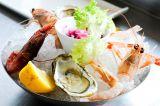 Crudità di mare con carpacci, crostacei nazionali e frutti di mare**